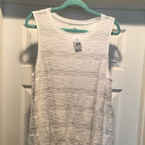 Lou and grey white sweater tank